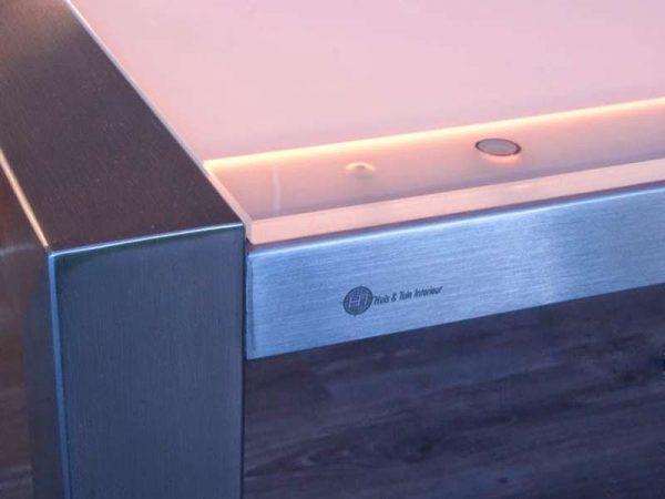 RVS tafelframe met LED lichtgevend tafelblad kleur creme
